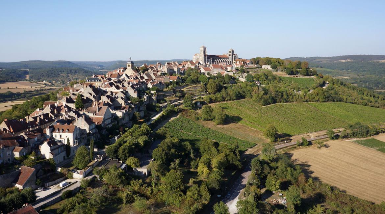 """YONNE : Vézelay sur """"la colline éternelle"""""""